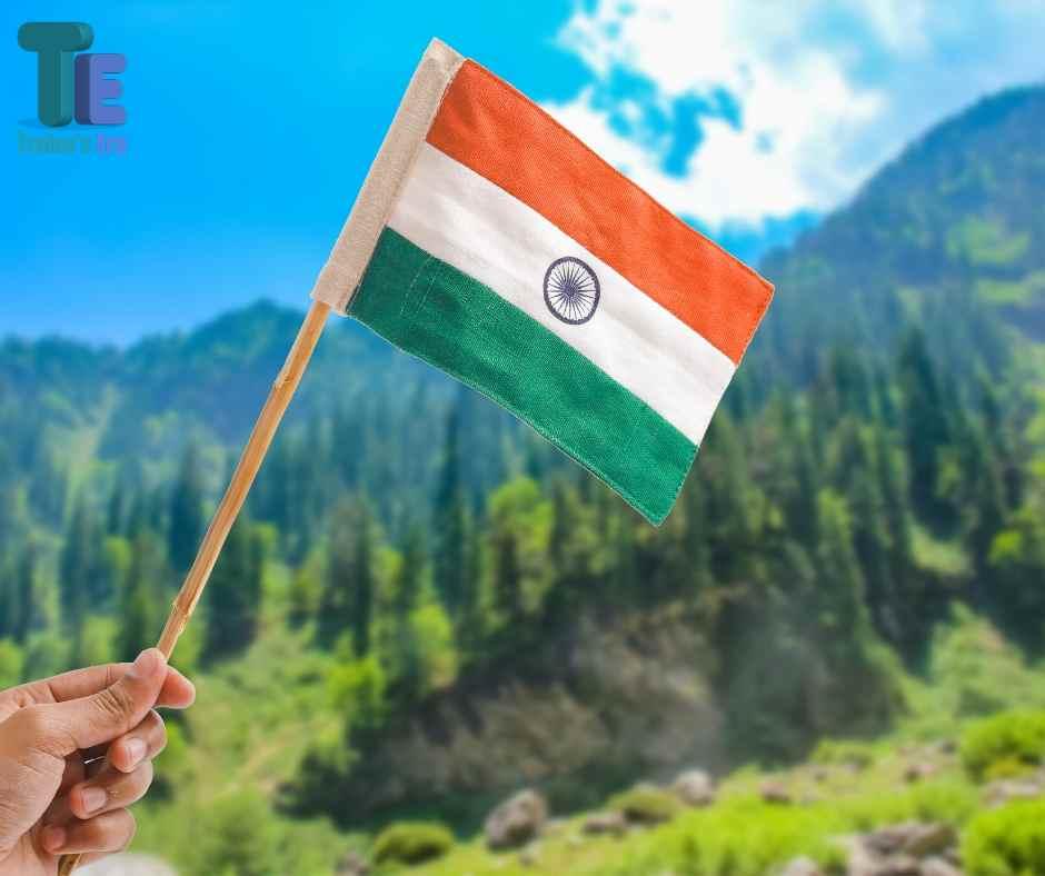 10 Lines on Independence Day in Hindi स्वतंत्रता दिवस पर 10 पंक्तियाँ हिंदी में